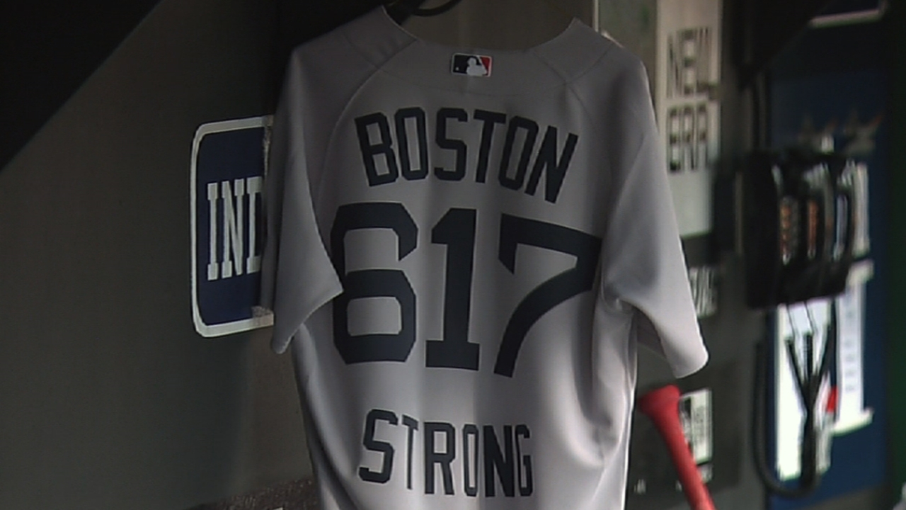 With heavy hearts, Sox react to tragedy