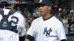 On night of tributes, Yanks edge D-backs