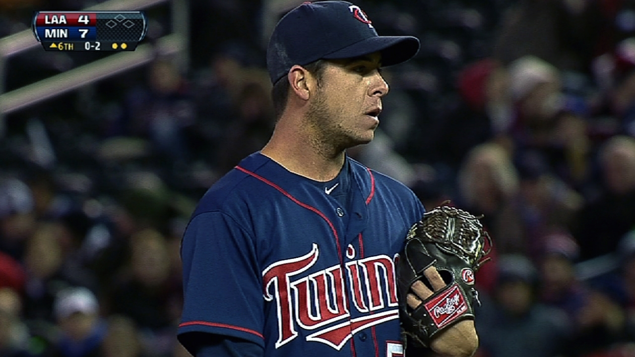 After lending relief, Swarzak unavailable for Twins