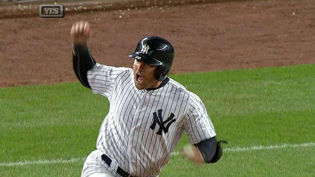 Cervelli empata juego, pero Yankees caen en extras