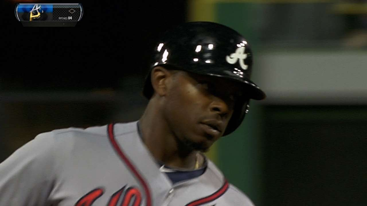 Braves power up with four homers vs. Bucs