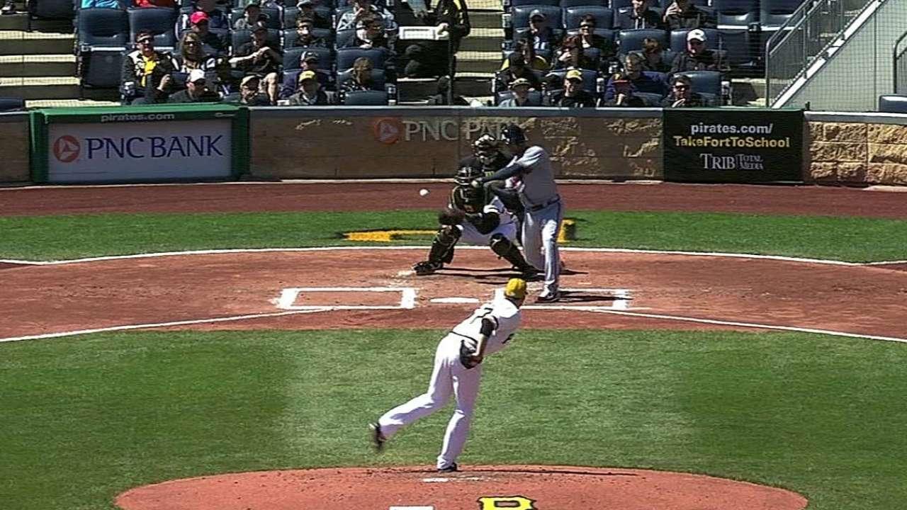 Simmons feeling comfortable atop Braves' lineup
