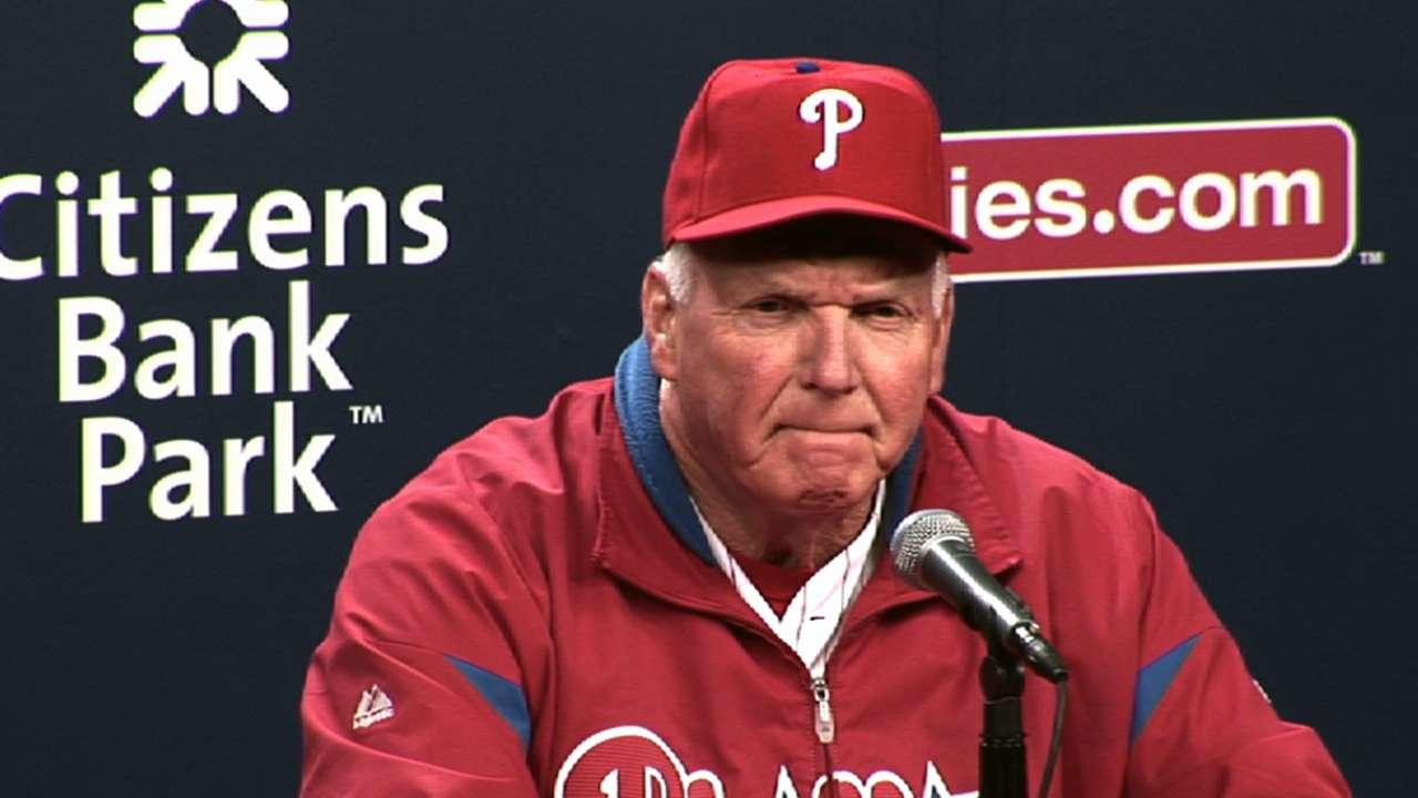 Phils can't muster offense behind Hamels' solid effort