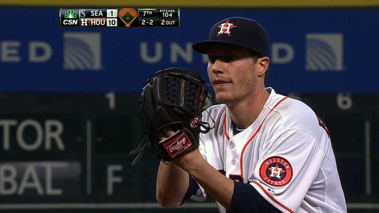 Astros aplastan a Marineros para llevarse la serie