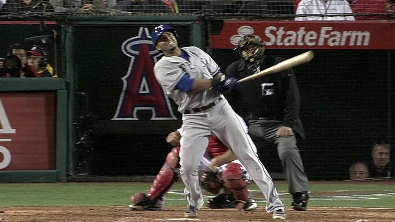 Cruz lideró paliza de Texas en el Angel Stadium