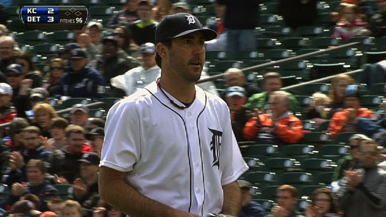 Bullpen falters in extras as Tigers fall to Royals