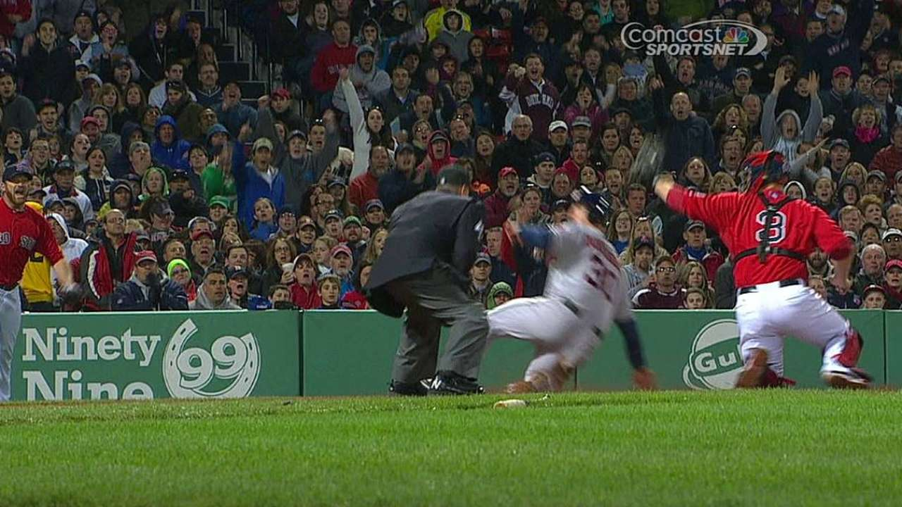Bedard roughed up in loss to Red Sox