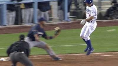 Second baseman Ellis latest Dodger to land on DL