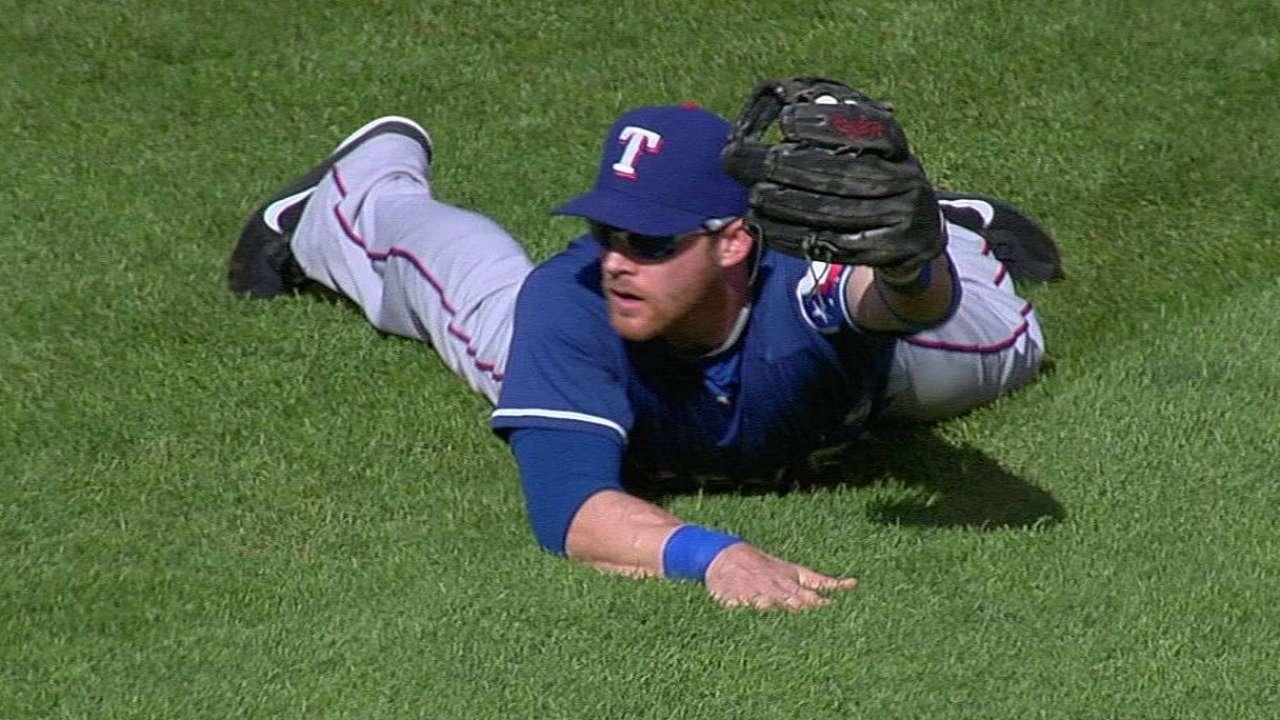 Hot-hitting Rangers stifled in Minnesota