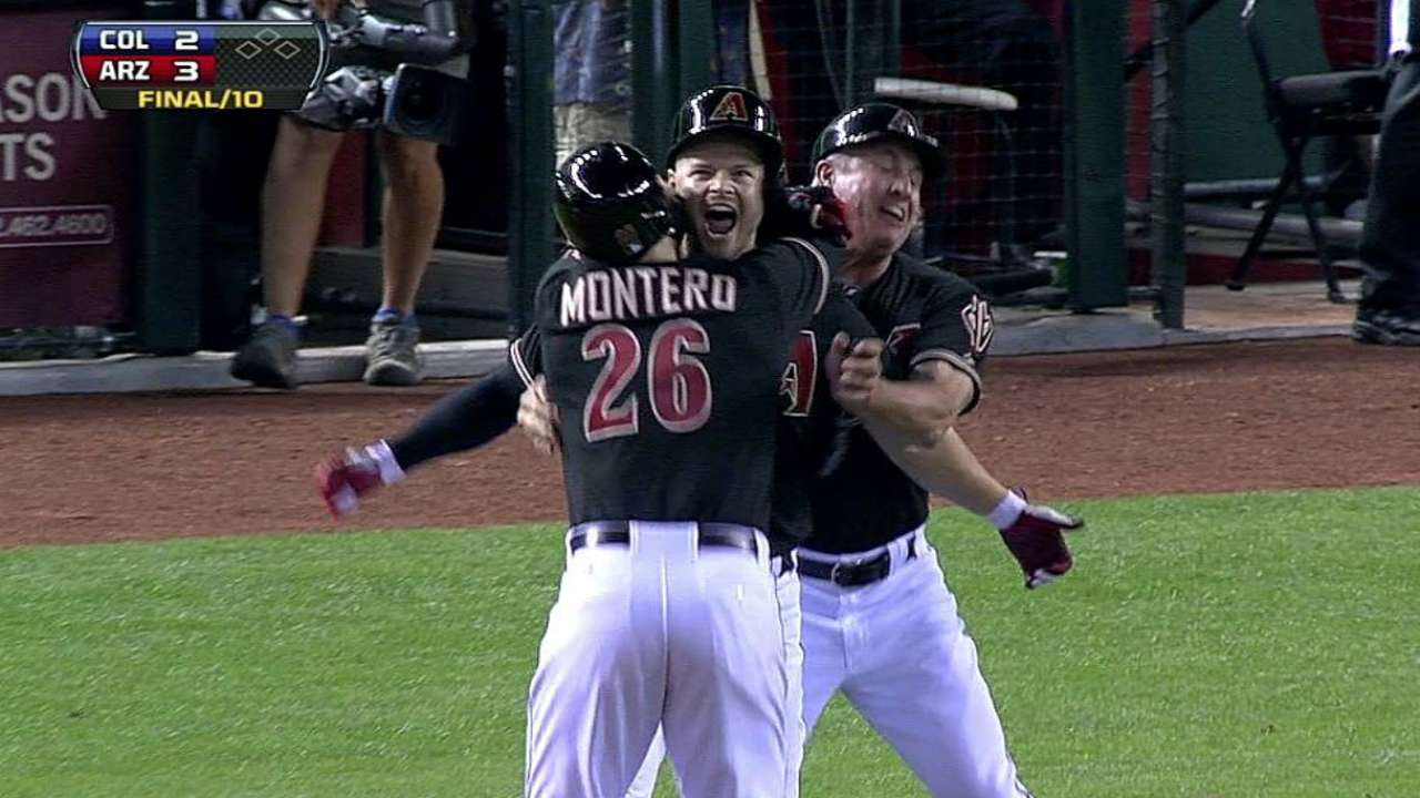 Ross' sac fly lifts D-backs in 10 on wild night