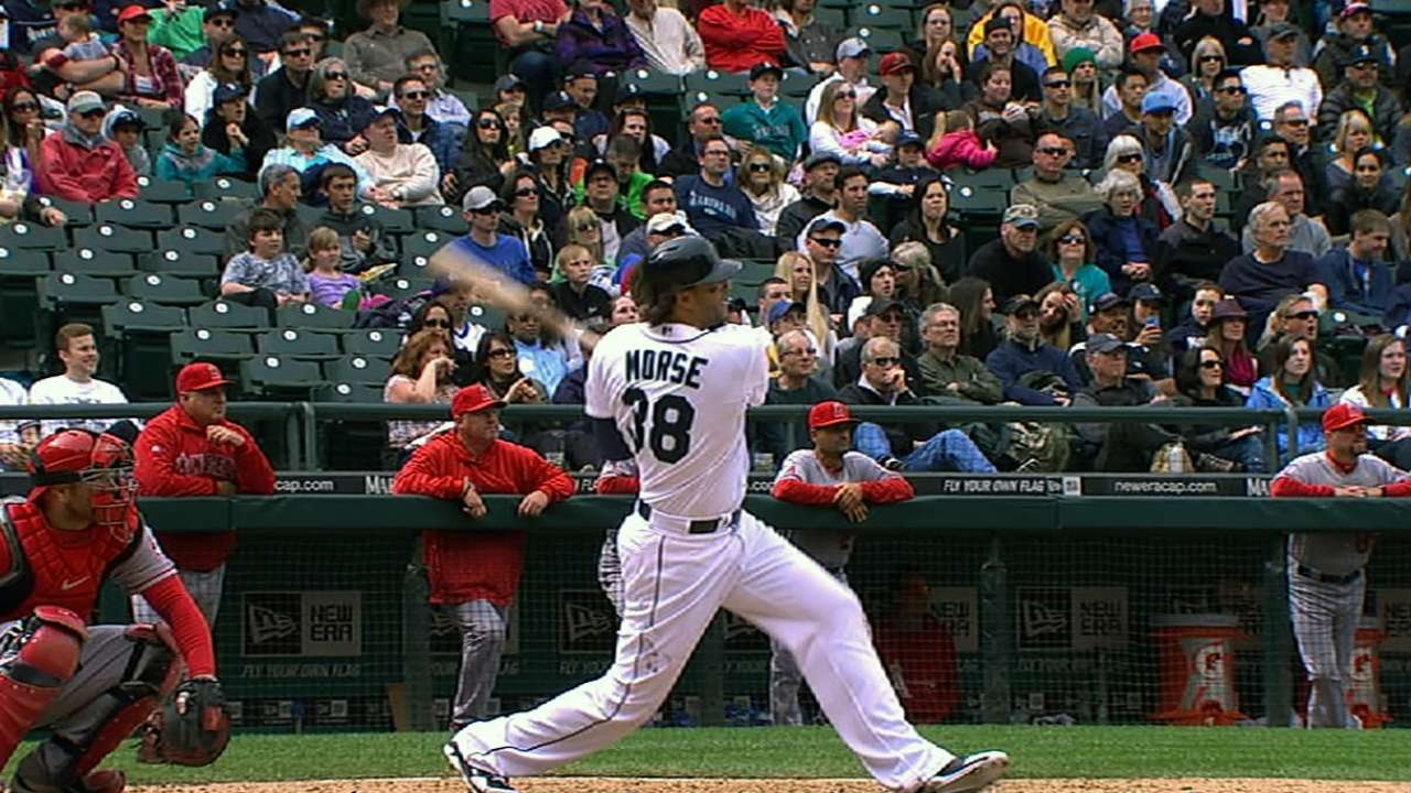 Morse's homer in eighth leads Mariners to victory