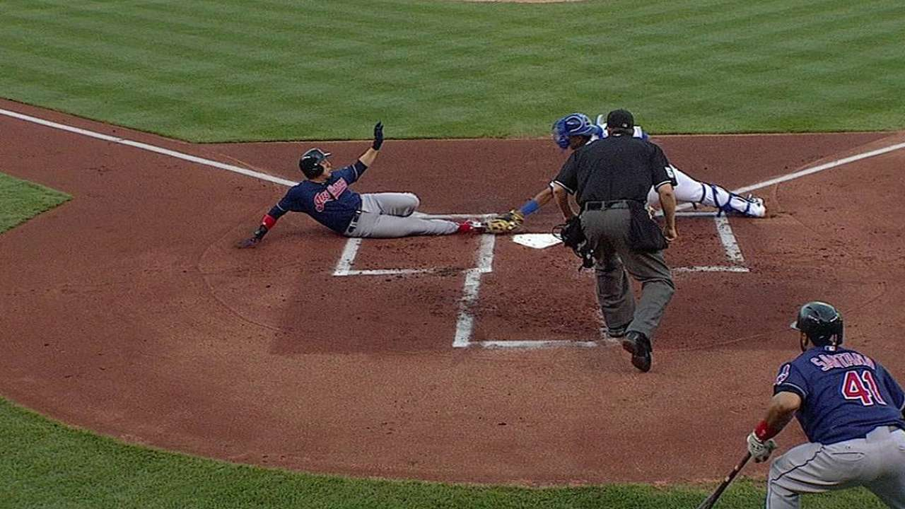 Royals' stay in first ends with loss to Indians