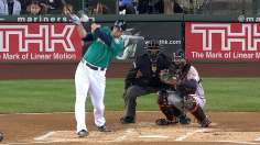 Mariners roll past O's behind double Saunders act