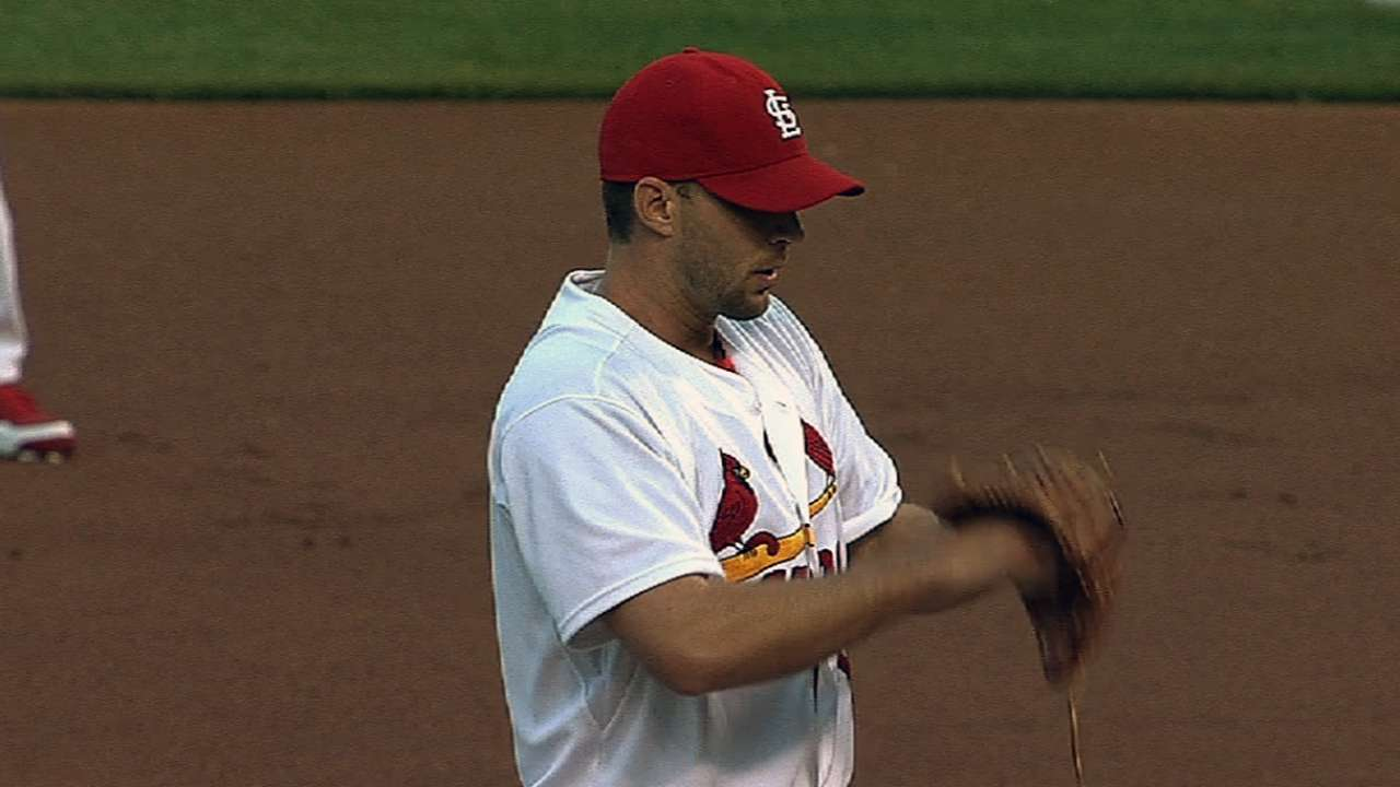 Cardinals' skid hits three after offense quieted