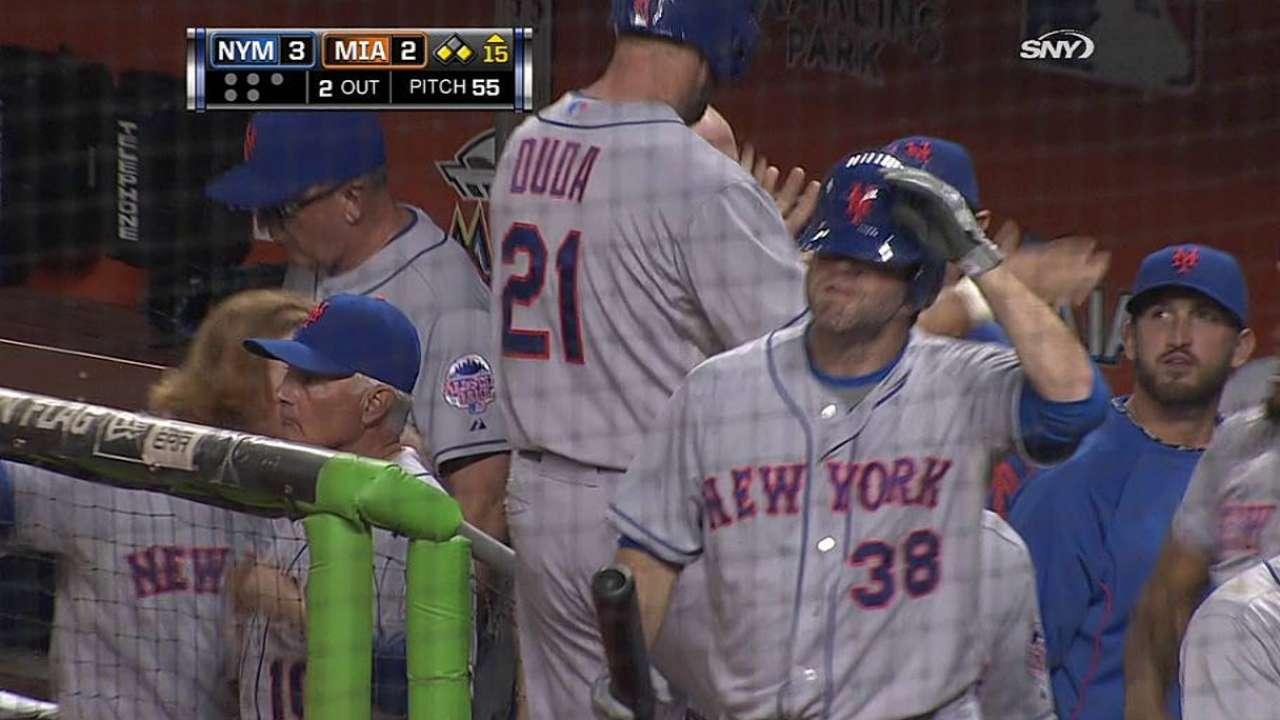 Mets sucumbieron en maratón de 15 innings en Miami