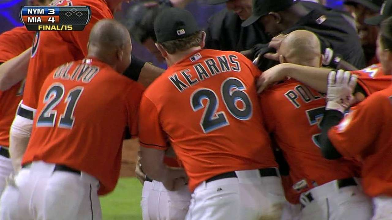 Easy being Green: Sac fly lifts Miami in 15