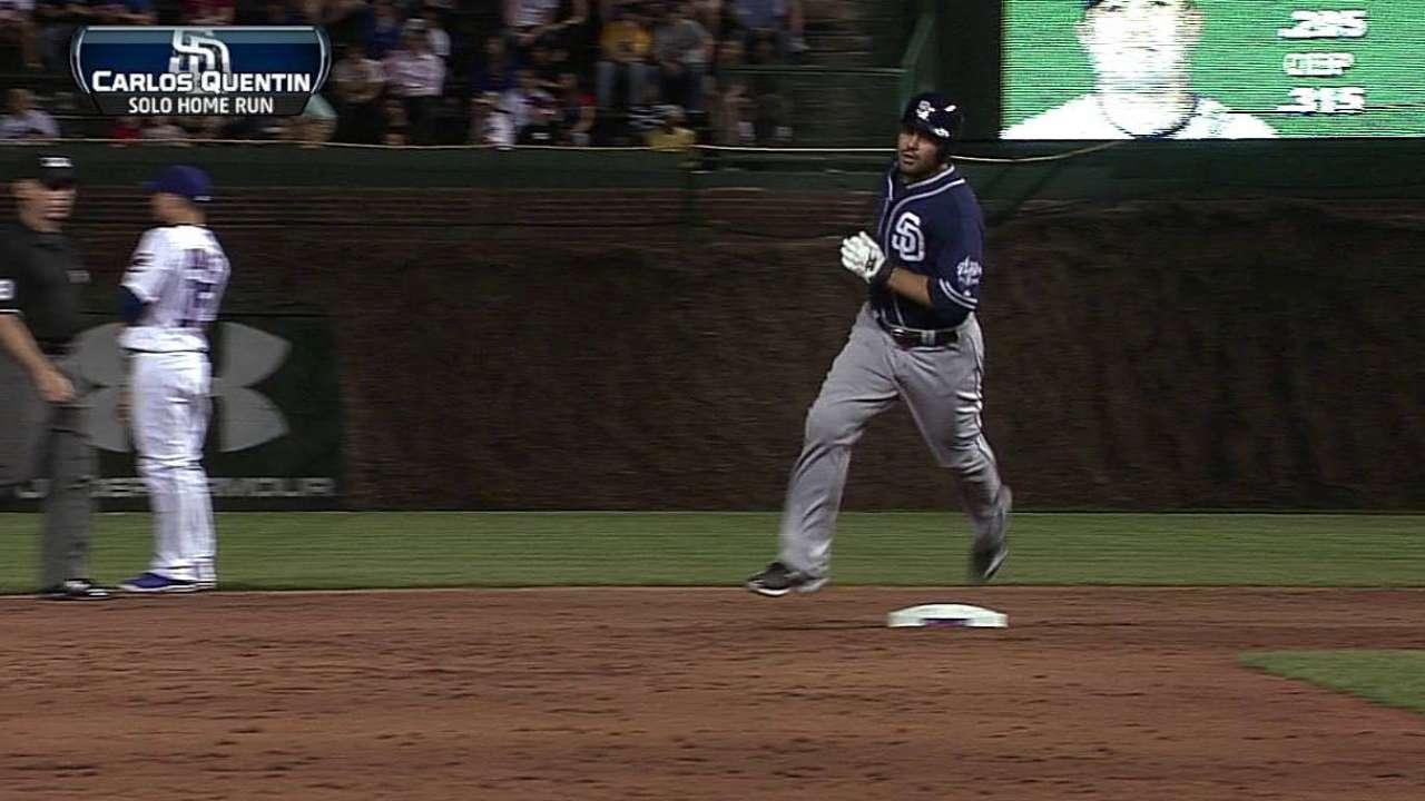 Quentin produce tres en victoria de Padres vs. Cubs