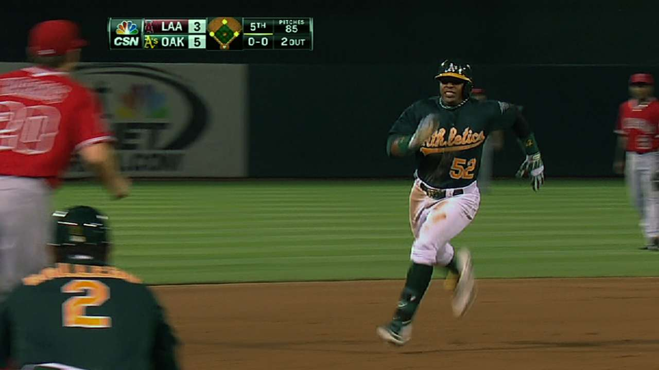 Yoenis leads A's to third straight win