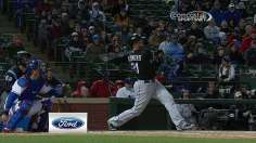Flowers, Santiago deliver series win for White Sox