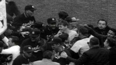 Showing appreciation for 1956 Series hero Kucks