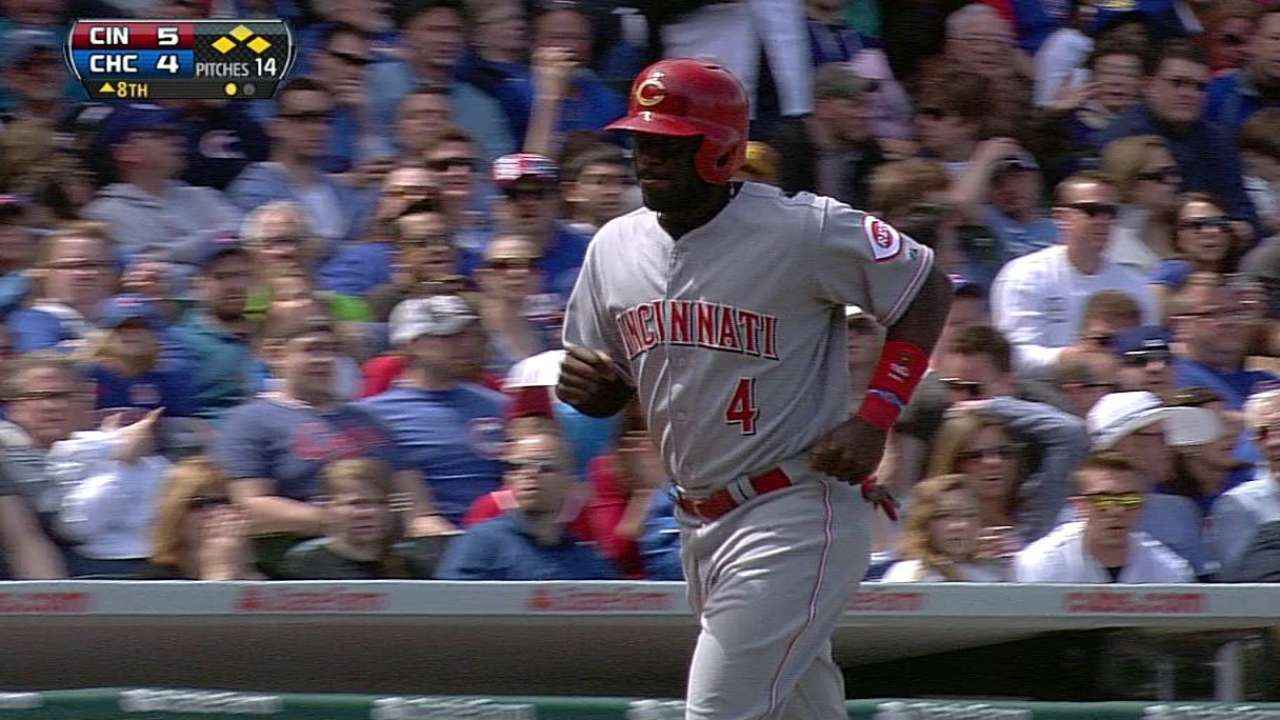Reds rally for win against wild Cubs bullpen