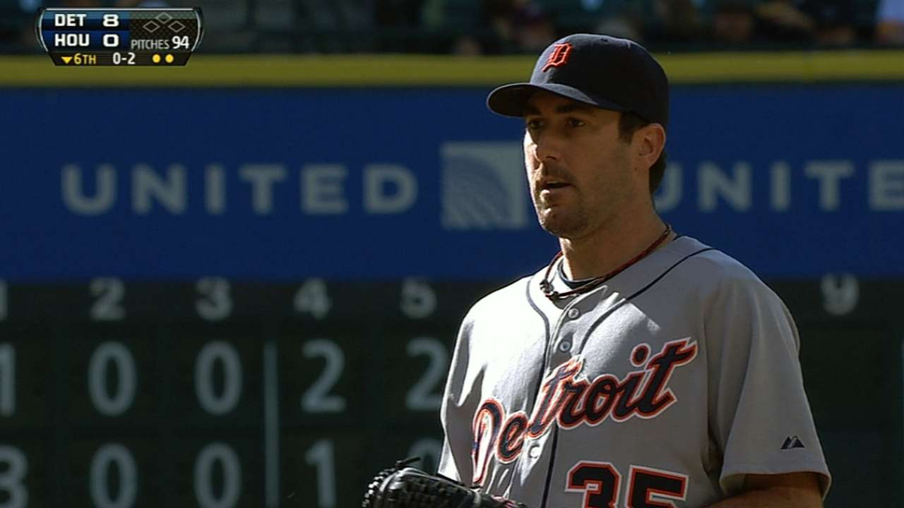 Verlander flirts with no-no as Tigers rout Astros
