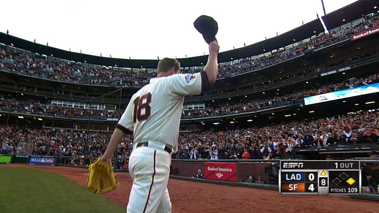 Cain, Pence lead Giants to sweep of Dodgers