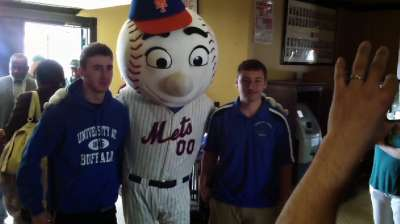 Mets, Baseball Tomorrow Fund pledge Sandy help