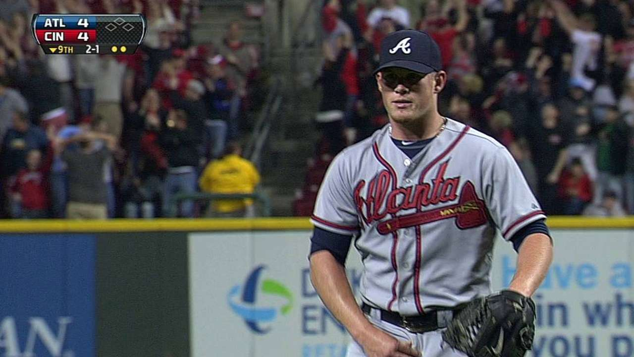 Kimbrel, Braves stunned by back-to-back homers