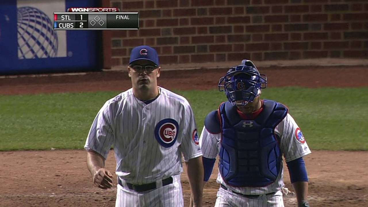 Cubs hand ninth-inning job to Gregg
