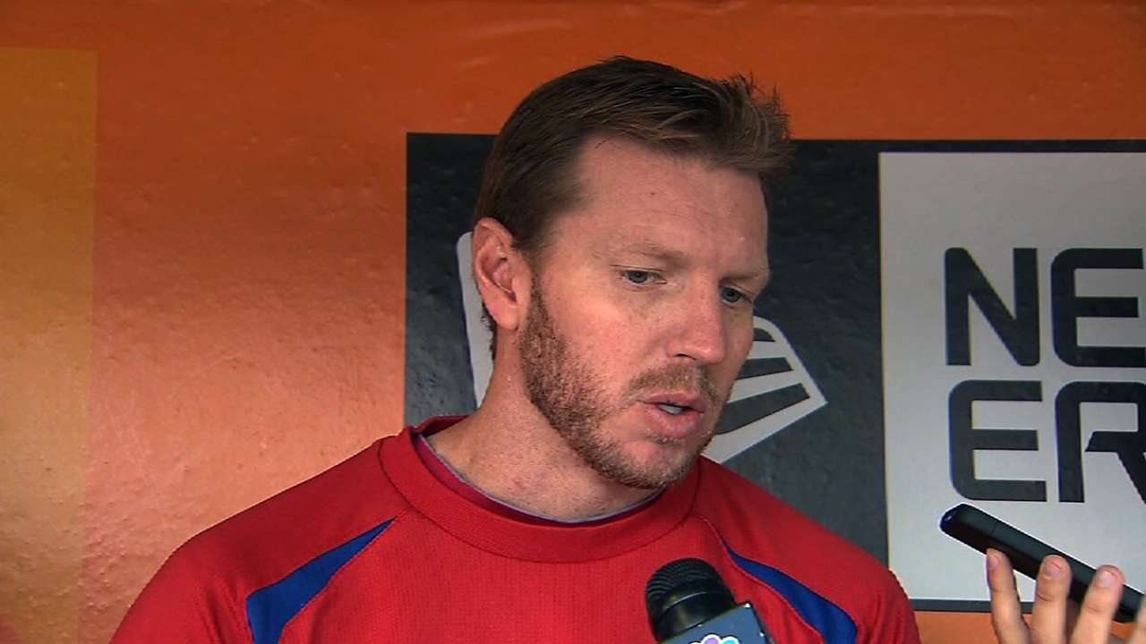 Halladay apologetic to fans following shoulder injury