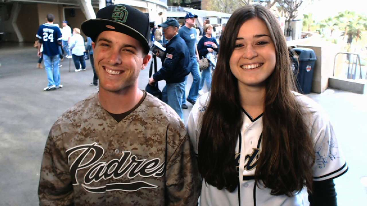 Padres fans latest to vie for cash on 'Bucks'