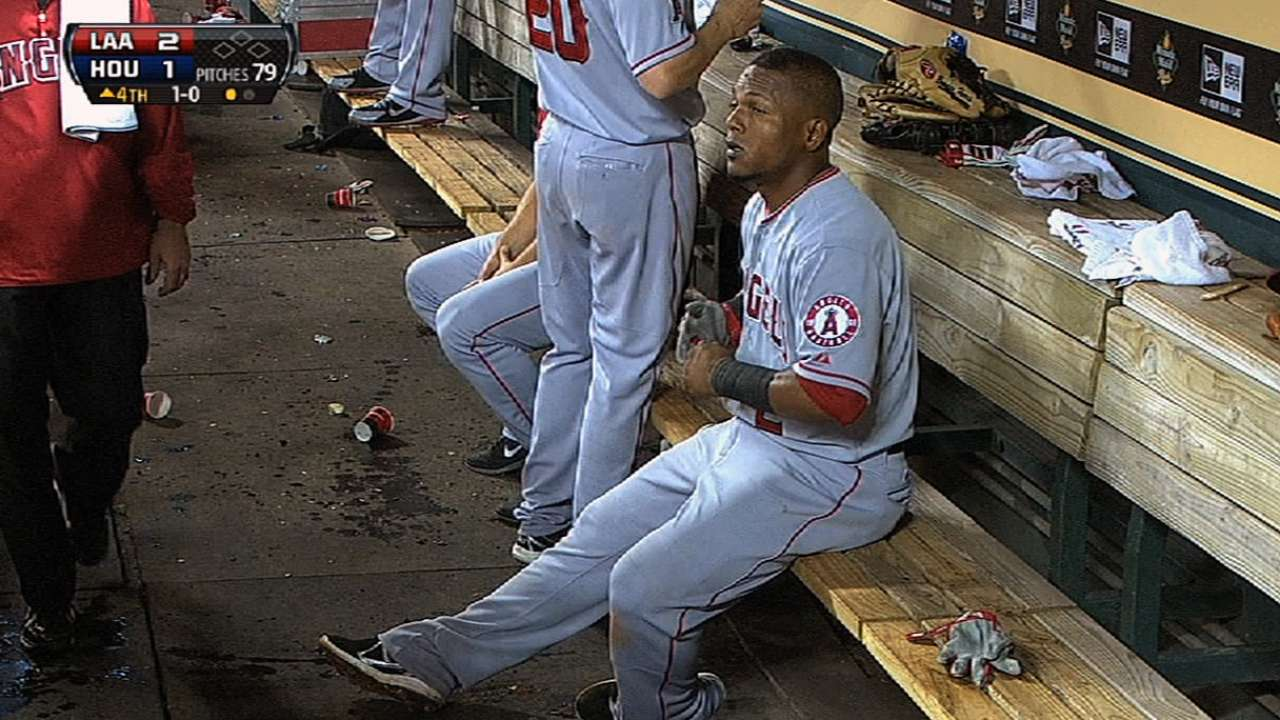 Aybar, Downs exit early with injuries
