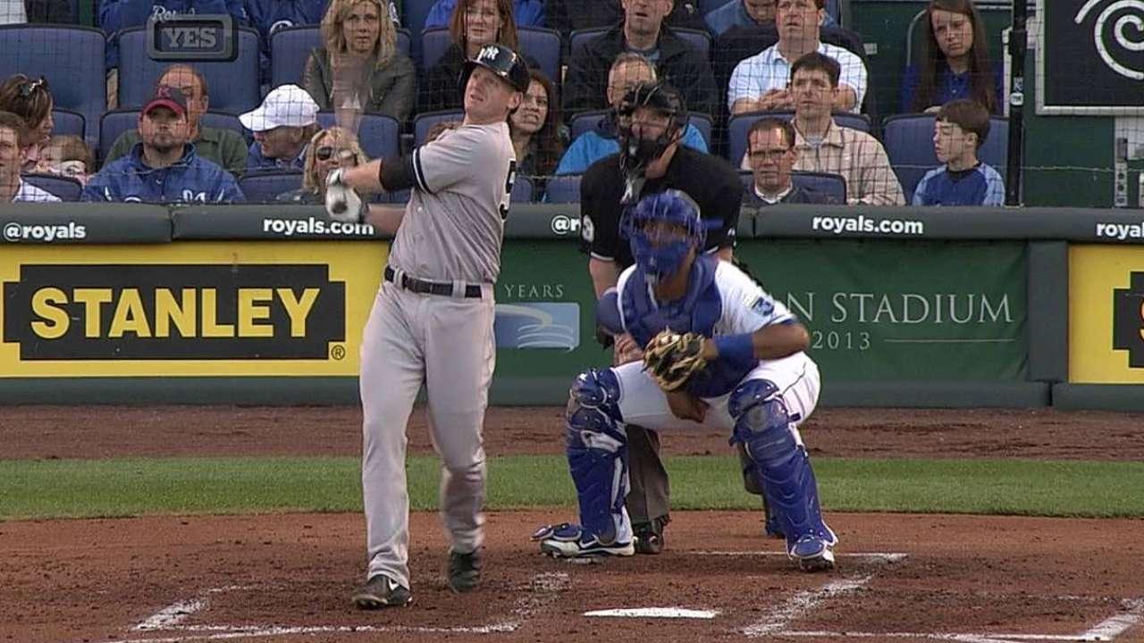 Overbay, Suzuki lucen y Yankees doblegan a Reales