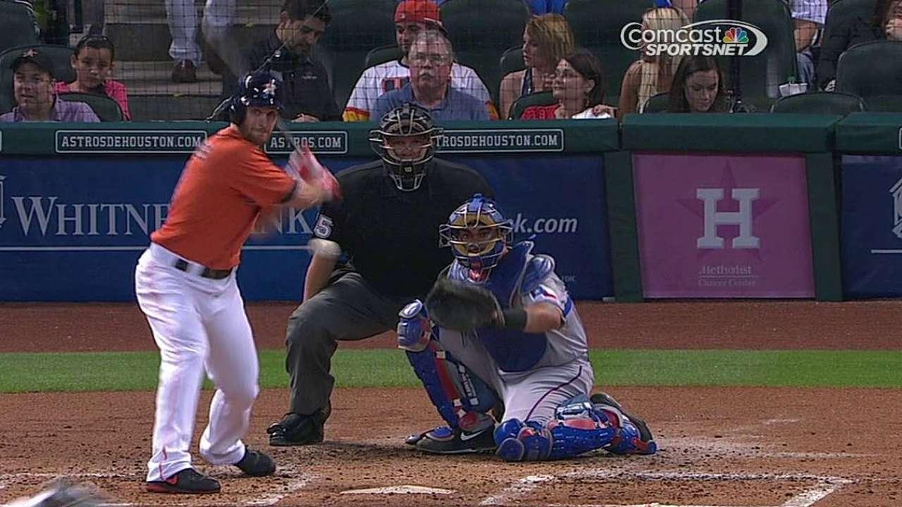 González pega 2 hits en derrota de Astros vs. Rangers
