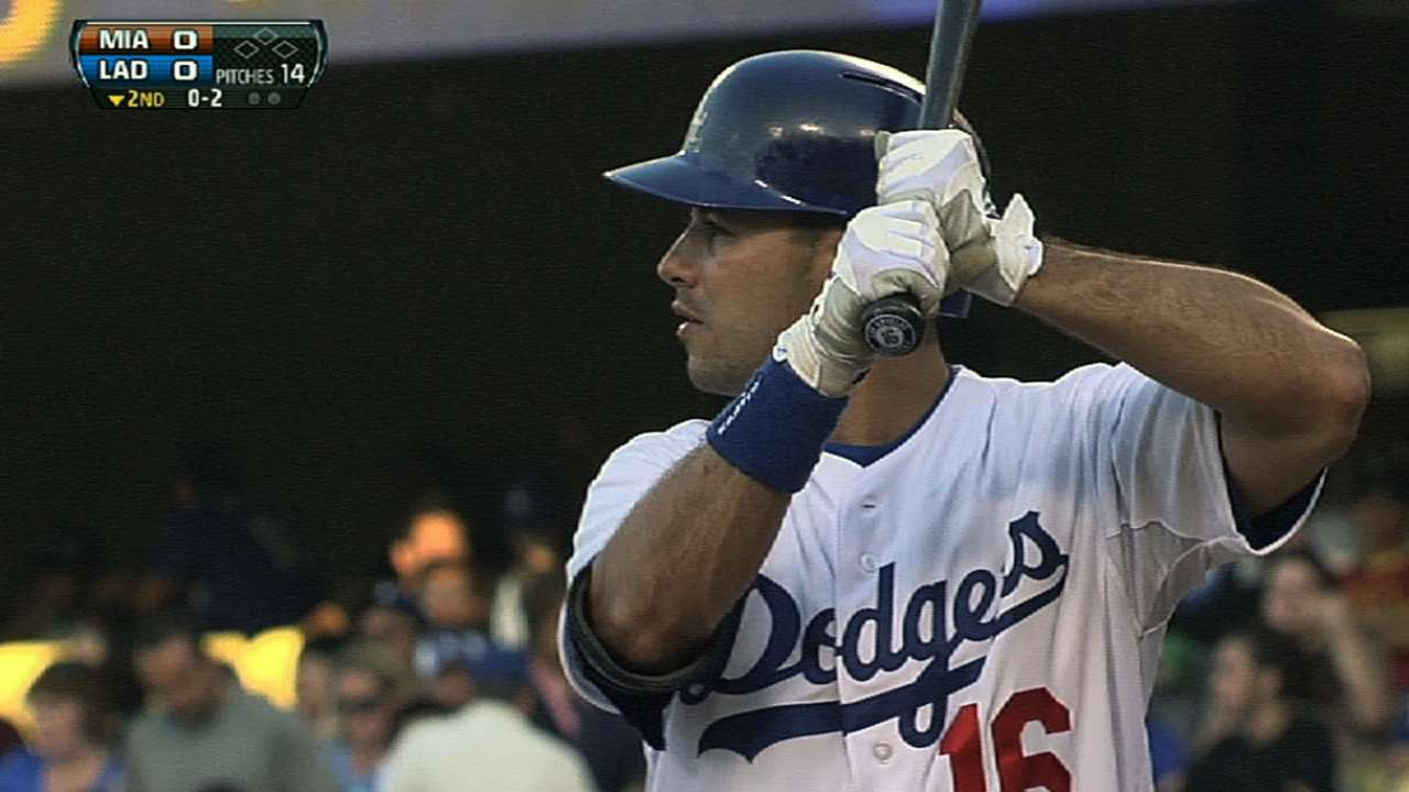 Ethier rides adjustment to 4-for-4 night