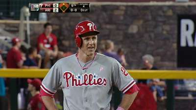 Utley plays rehab game with 'no reservations'