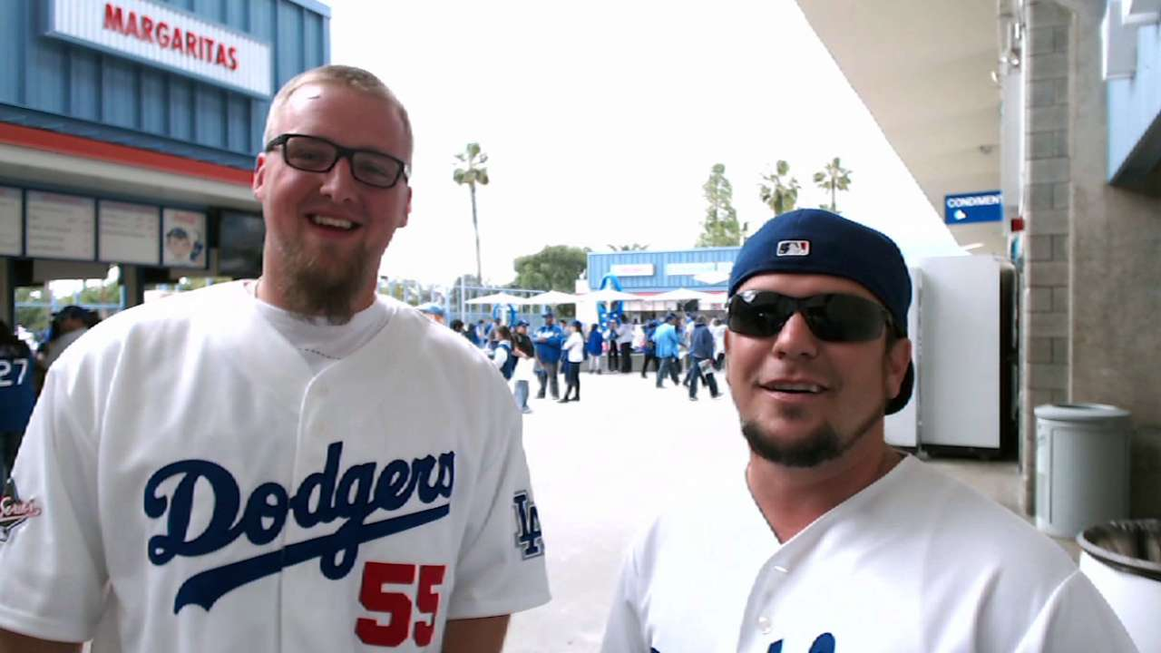 Dodgers fans get chance to earn 'Bucks'