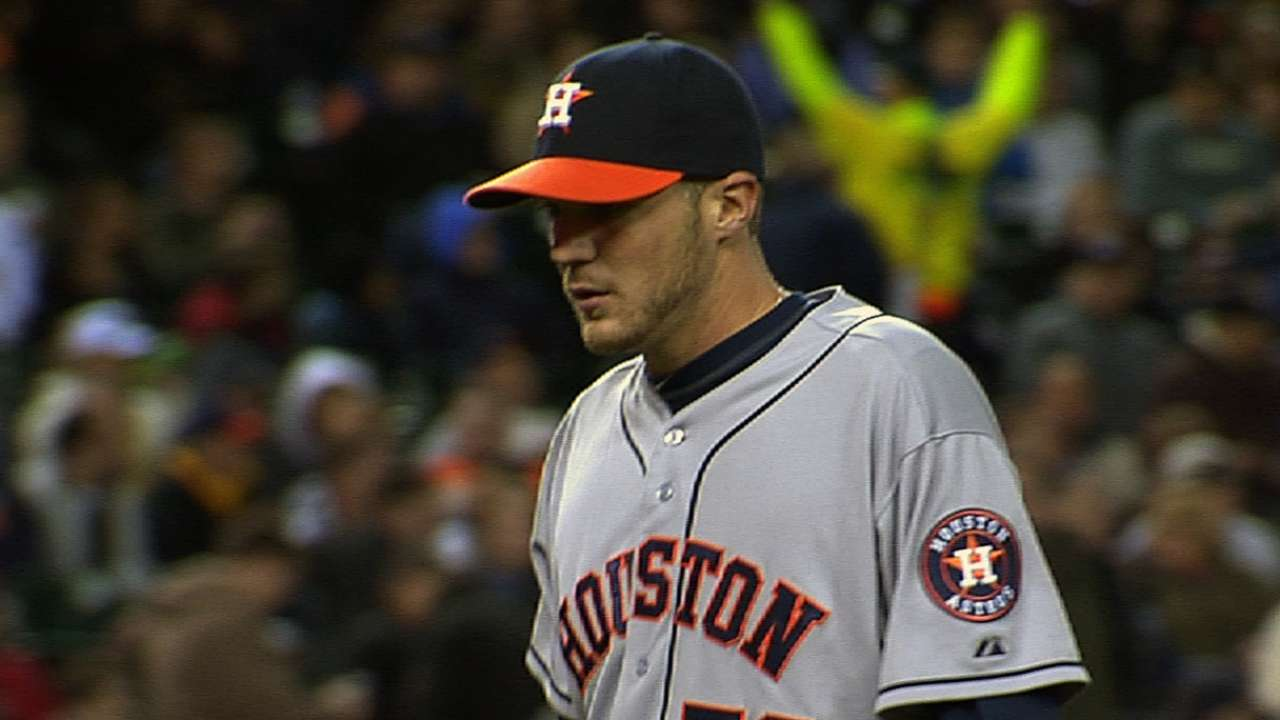 Clemens impressing Astros in long-relief role