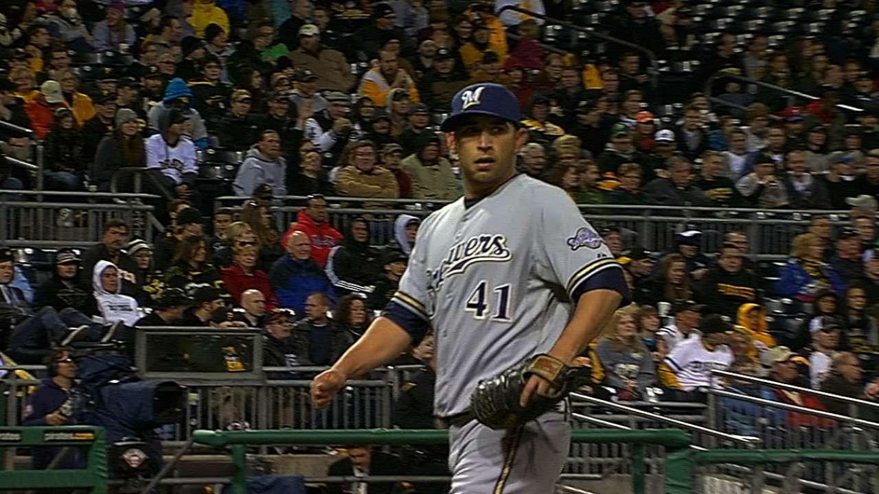 Estrada gives Crew right stuff to beat Pirates