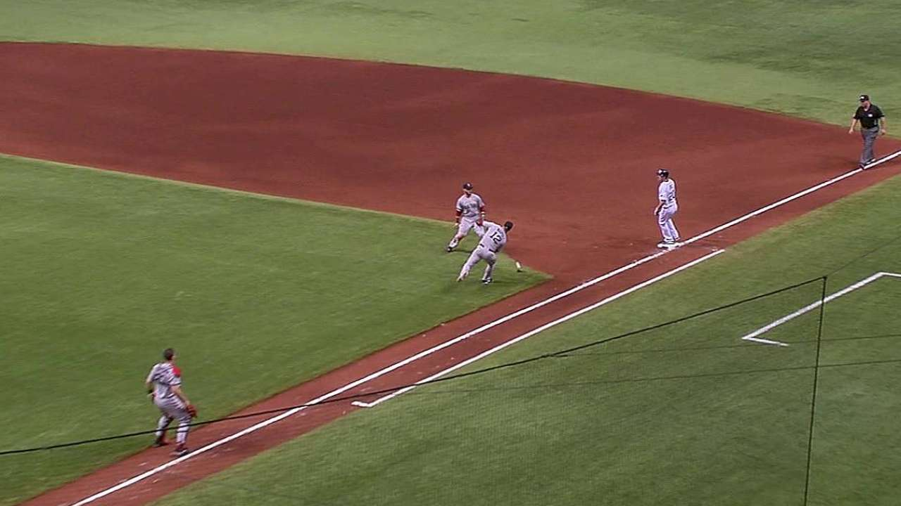 Dome-field advantage: Joyce's quirky hit lifts Rays