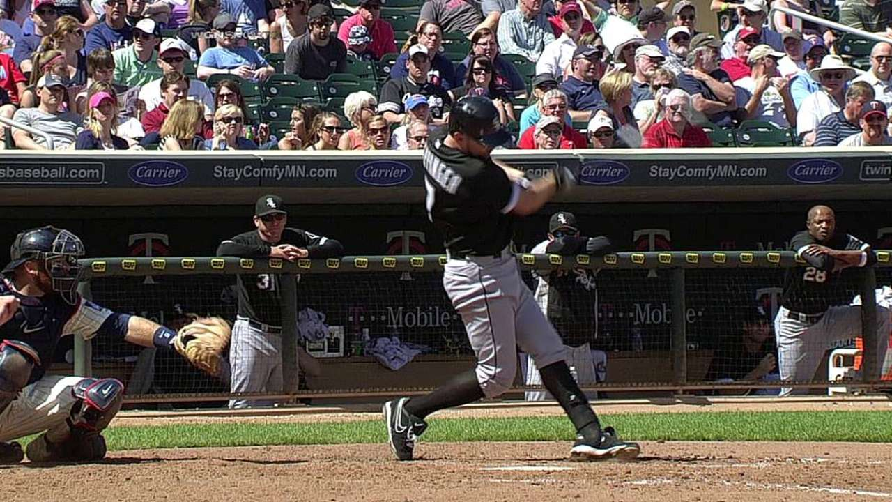 Better pitch selection helps White Sox bats heat up