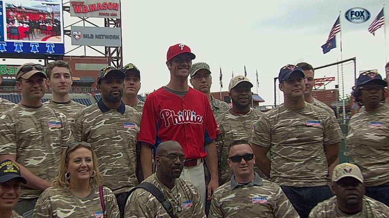 Grateful host: Hamels welcomes veterans to park