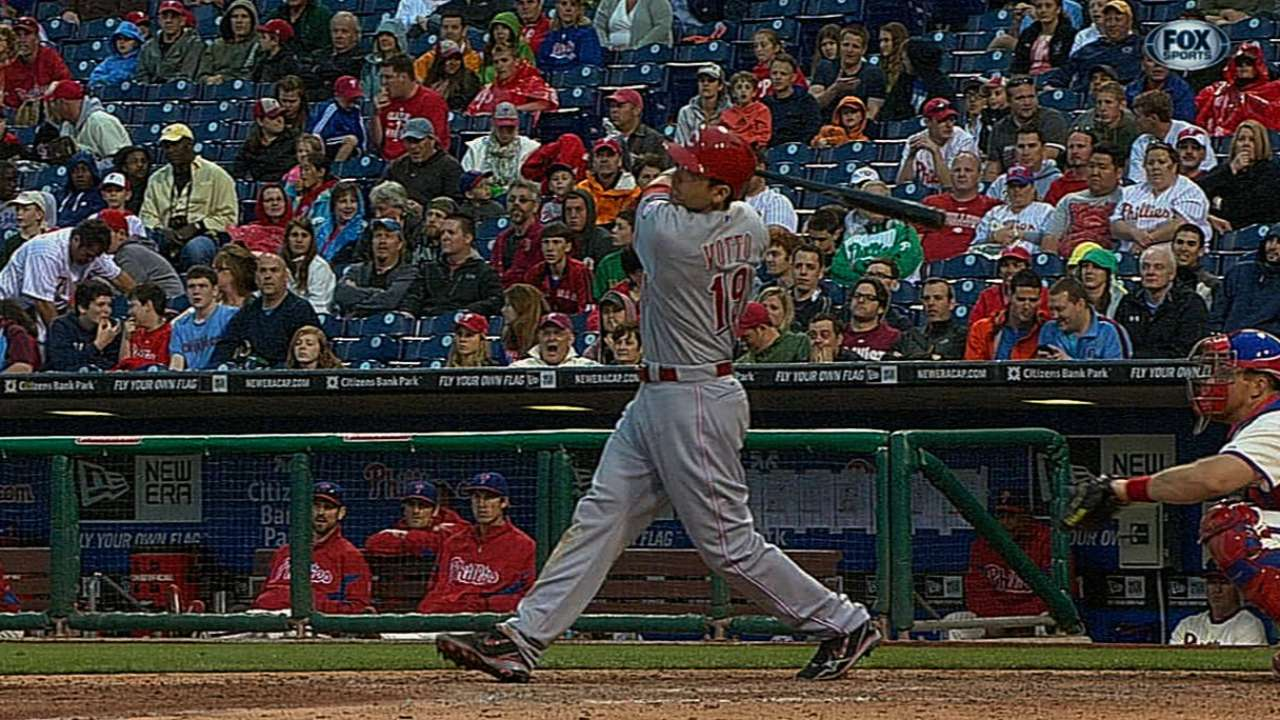 Votto slugs way to NL Player of the Week honors