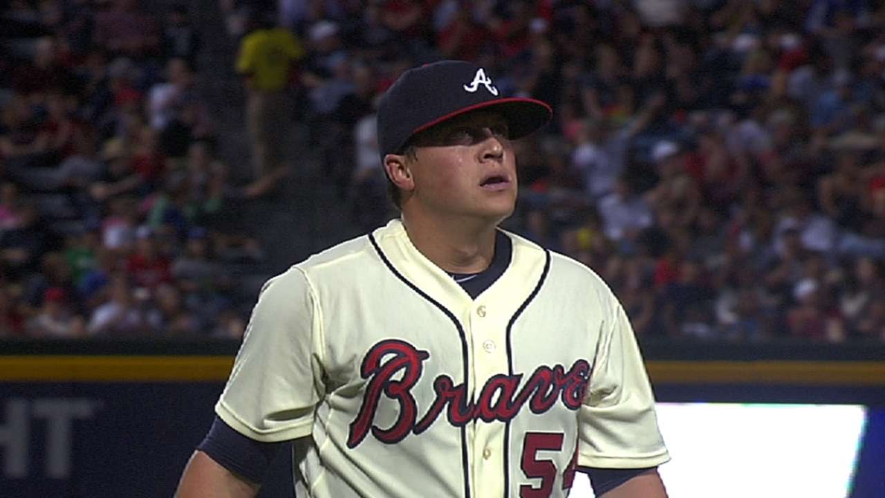 Still improving, Medlen looks to decrease walk totals