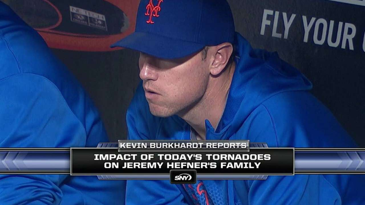 Tornado tragedy resonates throughout big leagues