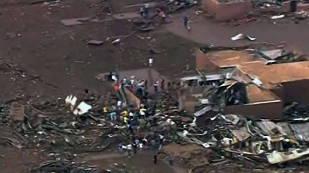 Gardenhire's family OK after tornado