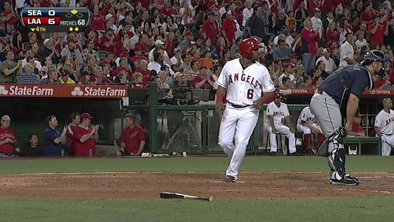 Aybar exits with right knee soreness
