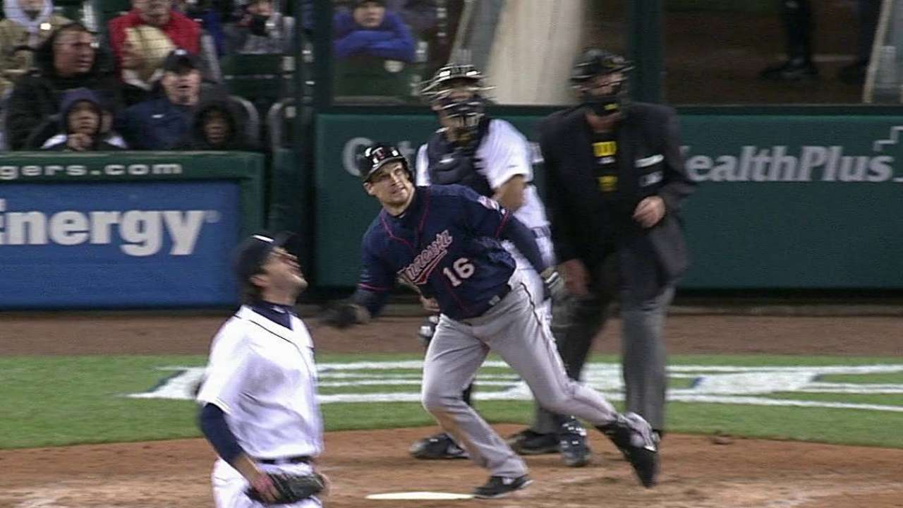 Willingham's homers can't prevent ninth straight loss