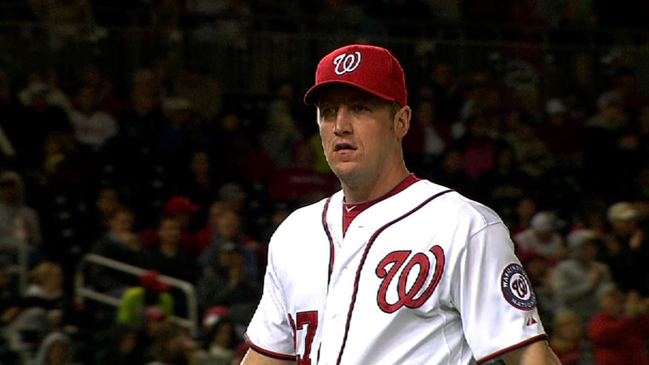 Zimmermann tops Phils, first in NL to eight wins